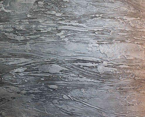 Voorbeeld van beton stuc, beton cire, beton ciré van Kalk & Co, speciale techniek van Hetty Martens. Betonbladen of andere elementen van beton in het interieur zijn helemaal in. Beton Cire van Kalk & Co is ideaal voor hoogwaardige en waterdichte muren in badkamers, maar ook uitstekend geschikt voor meubels, keukenbladen, tafelbladen, werkbladen, trappen en meer.