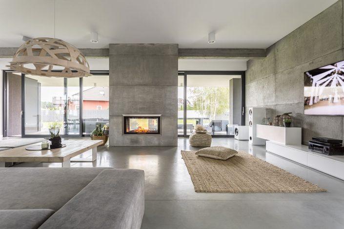 Voorbeeld van beton look, betonlook verf, betonlook stuc, beton cire, beton ciré van Kalk & Co, speciale techniek van Hetty Martens. Ideaal voor hoogwaardige en waterdichte muren in badkamers, maar ook uitstekend geschikt voor meubels, trappen en meer.