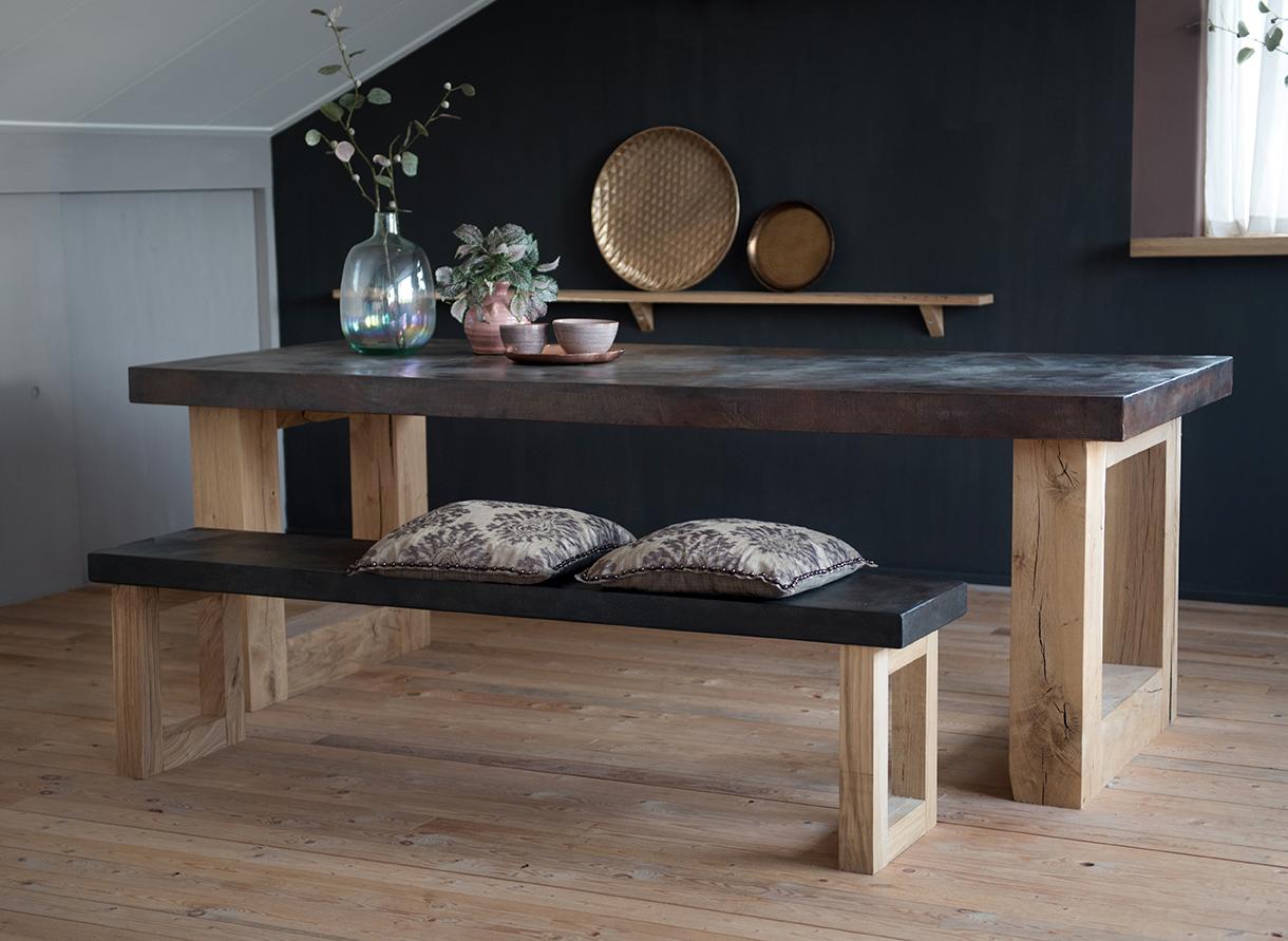 good art collection beton cire tafel met eiken blokpoot diverse afmetingen with beton cire verf. Black Bedroom Furniture Sets. Home Design Ideas